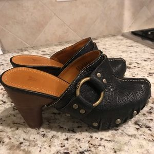 Frye heels-great condition